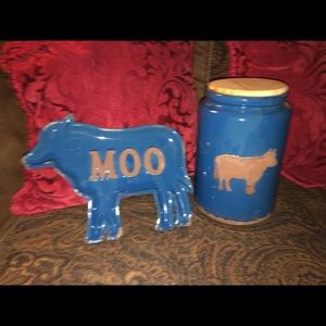 NWT Cow shaped tray & canister
